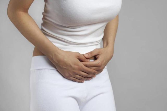 Противовоспалительные свечи для женщин при воспалении придатков, яичников, цистите, от полипов шейки матки в гинекологии. Названия, недорогие и эффективные препараты