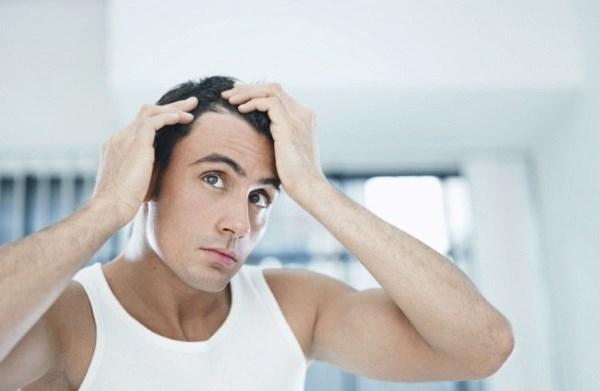 Родинки на голове в волосах - это опасно? Фото, значение, стоит ли переживать
