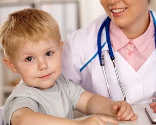 Паховая грыжа у детей мальчиков, девочек. Фото, как выглядит, симптомы, массаж, лечение без операции, удаление