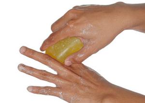 Почему потеют ладони. Причины потливости рук у взрослых, возможные заболевания