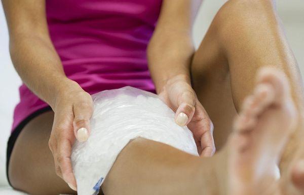 Гематома на ноге после ушиба. Лечение: мази, народные средства, лекарства от ушибов, синяков и отеков