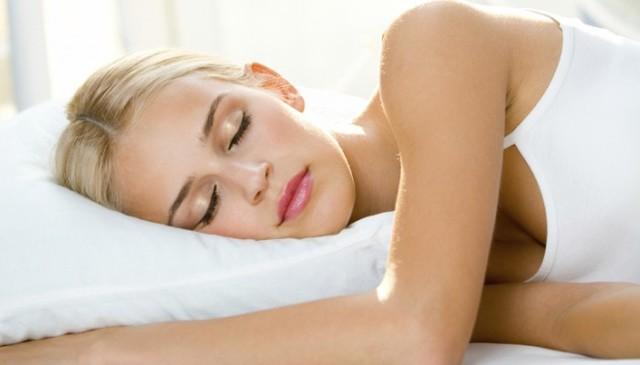 Немеют руки по ночам. Причины во время сна, что делать, как лечить народными средствами, препаратами, к какому врачу обратиться