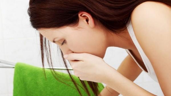 Перегиб желчного пузыря: симптомы и лечение у взрослых в домашних условиях